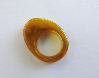 Apple Juice Bakelite Ring