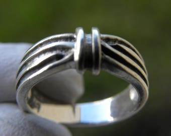 Female Ring Vintage   solid marked 925 Sterling Silver wide  woman girl ring band size   jewelry size  4 3/4