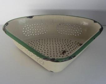 Vintage Enamel Colander, Unique Triangular shape colander - Enamelware Strainer, Corner sink strainer