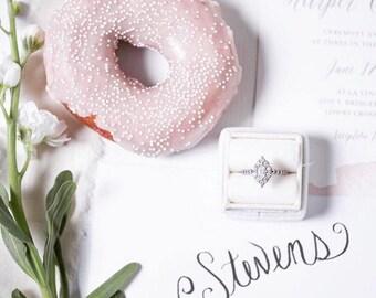Velvet Ring Box, Vintage Style in Wedding Cake White For Wedding Set, Engagements, Photos and Storage ST
