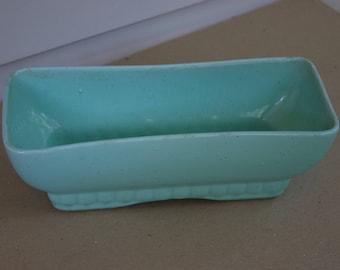 Vintage Brush McCoy USA Pottery 404-10