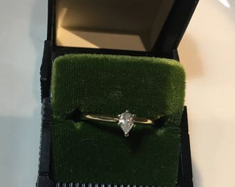 14k Solid Yellow Gold Pear Shaped .30Ct. Diamond Ring Size 8~Lovely!