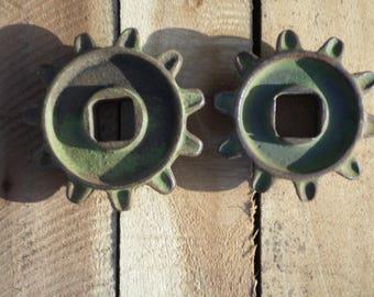 2 rare vintage Ellis green gears  steampunk industrial