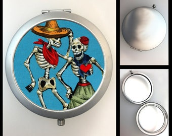 Compact Mirror Day of the Dead Couple #209