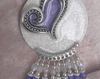 heart pendant necklace plum on Whitewood resin Pearl moiré silver cabochon