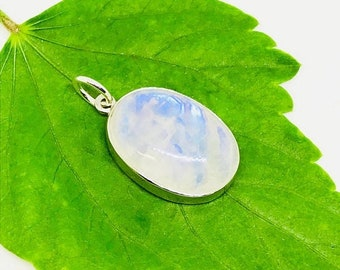 10% Rainbow Moonstone Pendant/ necklaces set in Sterling silver 925. Natural authentic moonstone. Length - 1.31 inch long