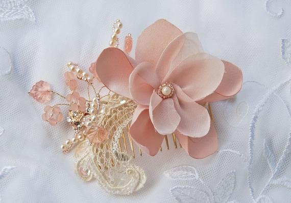 Blush bridal hair comb;blush beaded floral hair comb;wedding hair comb