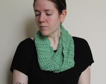 Crochet Cowl, Sage Green with Scallop Edge