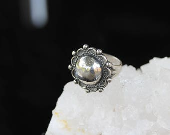Vintage Sterling Silver Southwestern Braided Dome Flower / Ring (6.75)