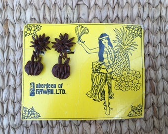 Vintage Hawaiian Koa Seed clip earrings