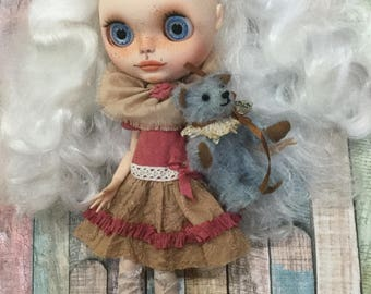 "OOAK Custom Blythe Art Doll ""Phoebe with Archie"" by Bravura Dolly"