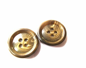 2 BUTTONS 4 HOLE HORN COROZO 18 MM CARAMEL BROWN