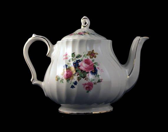 Sadler Teapot, Number 4199, Lidded Teapot, 4 Cup, Floral Teapot, White Teapot, Gold Trimmed