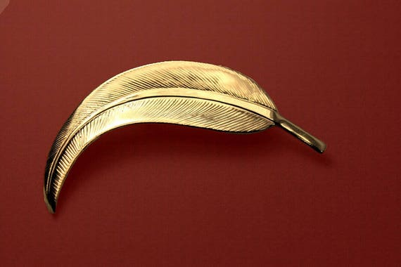 Leaf Brooch, Gold Tone, C-Clasp Closure, Costume Jewelry, Fashion Jewelry