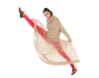 Knitted Cashmere Sweater Beige Ivory White  Jumper handmade of Italian Wool. Autumn Trends Designer HandKnit 100% Cachemire Lana Pullover