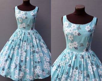 1950s Mint Blue Floral Print Full Skirt Cotton Dress