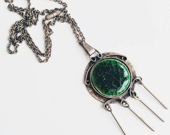 Vintage space age green boho necklace