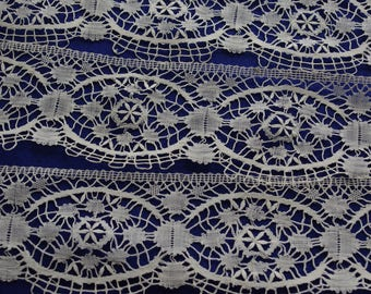 Vintage/Antique Lace