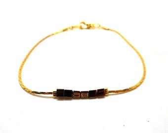 Minimalist bracelet gold beads, triangular monk