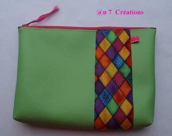 Kit of 20 cm by 15 cm green leatherette and Harlequin fabric
