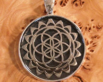 Flower of Life Meditation Mandala Round Pendant Necklace Tray 25mm Unisex Soul Antennas Chakra-Tuning Crystal Ormus Orgone Energy key-chain