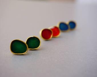 small green studs, gold stud earrings, Vicky Kyritsi pebble earrings, hypoallergenic jewelry, bubble earrings, gift ideas, Valentine gift