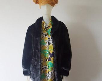 Fake fur Black coat oversize size 46