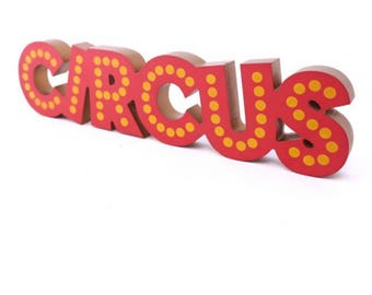 Wooden 'CIRCUS' Wall Plaque