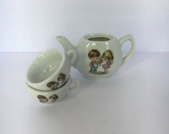 Child's Tea Set Teapoy and Two Cups Decorated with Boy & Girl 1970s vintage toy tea set, mini tea set, tea party, pretend play,