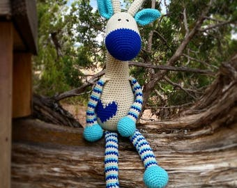 Henry the Giraffe, Giraffe Stuffed Animal, Giraffe Stuffie, Crocheted Stuffed Animal, Crochet Stuffie, Custom Stuffed Animal, Amigurumi
