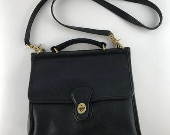 Vintage Black Coach Willis Bag | Large Leather Crossbody Purse