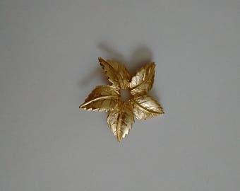 "Mid-Century ""Leaf"" Brooch, Mid-Century Circular ""Leaf""  Pin,  Vintage Gold Tone Circular Leaf Pin"