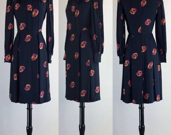 1960's Pristine Early Vintage VALENTINO Inky Black Silk Shirtwaist with Vibrant Floral Wreath Novelty Print | Size Small