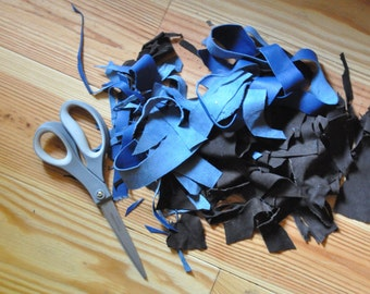 lot of Small  scrap leather-pieces.