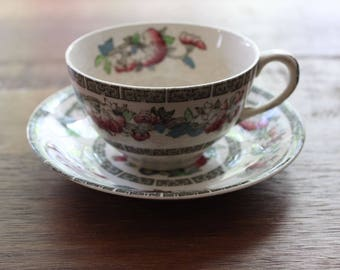 Vintage Set of 8 Johnson Brothers India Tree Cups and Saucers Fine English China