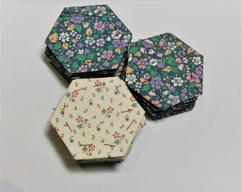 30 Floral English Paper Piecing Hexagons // Fabric EPP Hexies // Precovered Hexagon Pieces // Hexagon Quilting Supplies // Floral 3cm Hexies