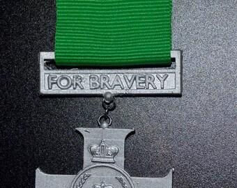 TRMN Dress Medal -C- Queens Cross of Bravery