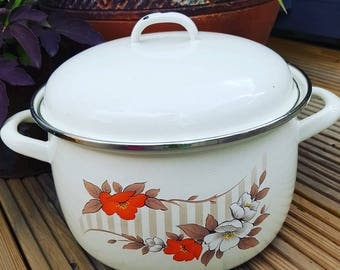 Large lidded enamel pan - huge vintage cooking pan with lid