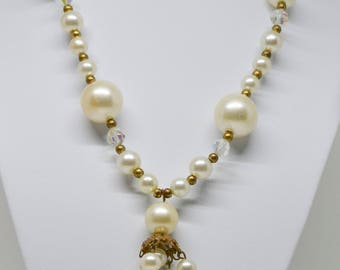 Gorgeous multi size faux pearl necklace