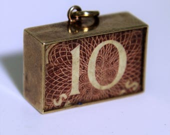 9ct 9k Yellow Gold Vintage Ten Shilling Note Charm