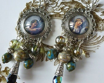 "Earrings style Baroque ""Farnesina"" glass cabochon illustrated, silver, blue and beige Czech glass"