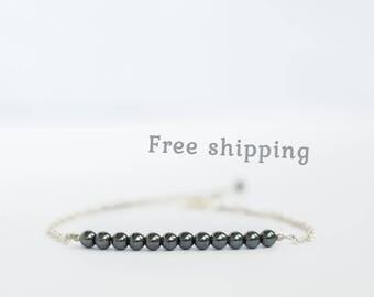 Hematite bracelet, Hematite jewelry, Minimalist bracelet, Gemstone bracelet, Minimalist jewelry, Delicate bracelet for women