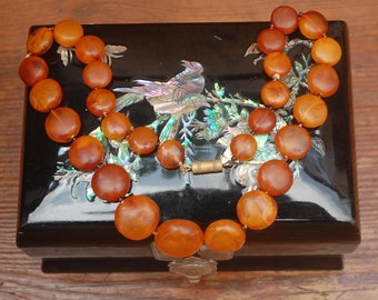 Art Deco Vintage  Amber Beaded Necklace - 1920's