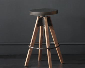 Artist Adjustable Kitchen Stool 66cm   88cm