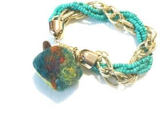 Felted Apple Bracelet, On trend Bracelet, Designer Bracelet, Original Hand Crafted Gift, On Trend Christmas Gift, Needle Felted Bracelet