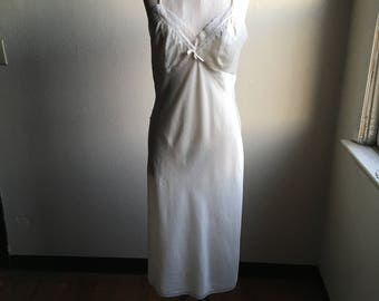 vintage 80s christian dior i magnin 37513 lace trim cream dress slip ILGWU union made in usa