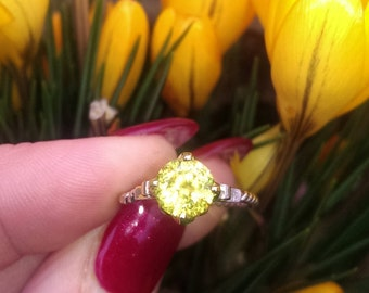 Distinctive & Feminine  Natural Sphene Ring .