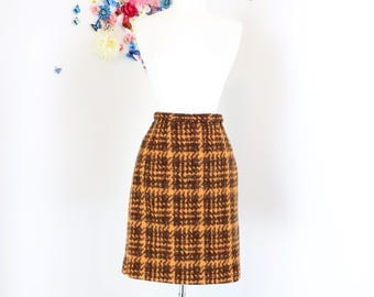 "1950s Skirt - Plaid Mini Skirt - Pencil Skirt - Orange Brown - Mad Men Style - Winter Fall Vintage Wool Skirt - Size 26"" Waist - Size Small"