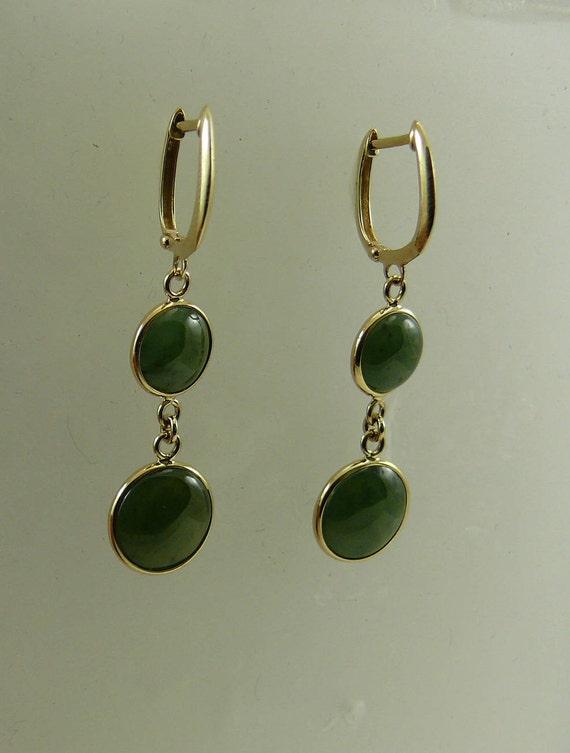 Green 11.0 mm Jade Earrings 14k Yellow Gold