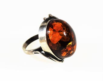 Vintage Baltic amber silver ring